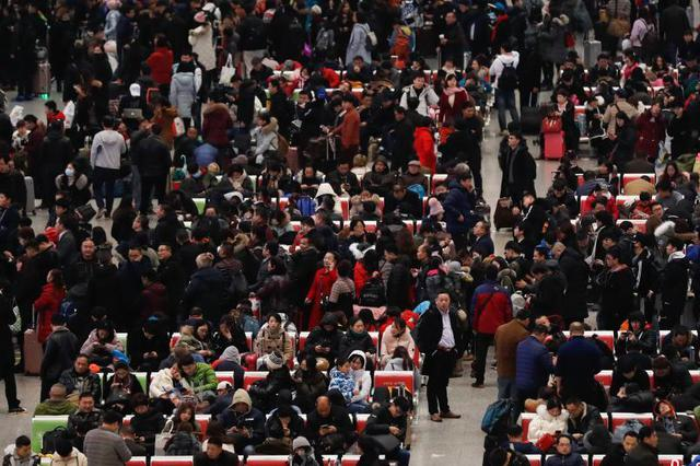 杭1旅客吐槽被杭州站坑惨 回家2次转车3张车票要退票