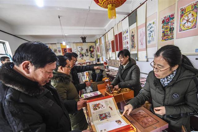 放心消费在浙江:消费者在实体店血拼也能无理由退货