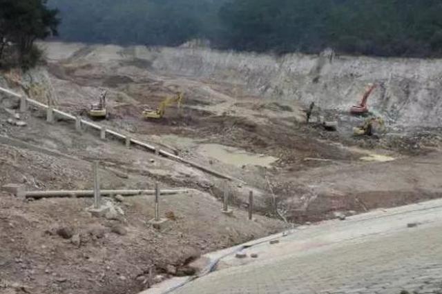 义乌打击一起非法盗采矿石案件 7人被判刑