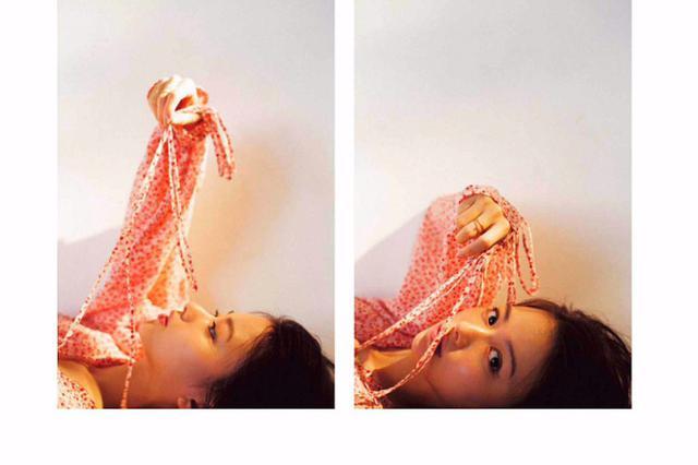 山本舞香拍摄时尚大片 炯炯双眸令人心动