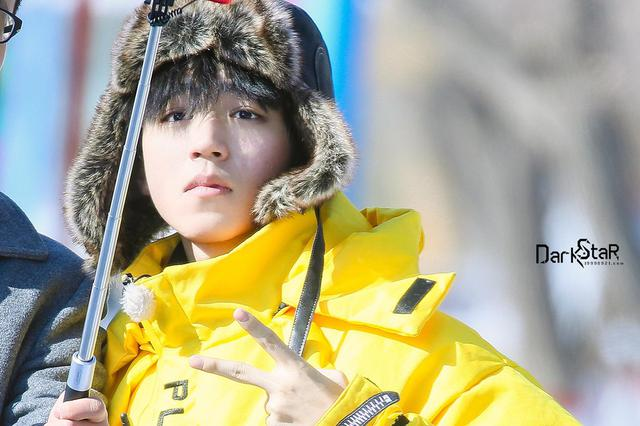 """《高能少年团》人手一顶的""""保庆帽"""" 是王俊凯批量送的吗?"""
