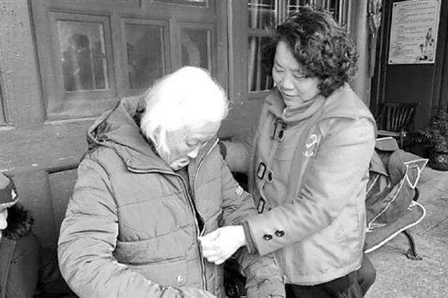 舟山爱心阿姨和她的爱心中转站 用行动温暖他人(图)