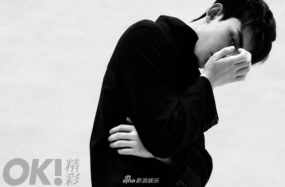 吴磊最新复古大片曝光 衣袂翻飞展少年侠气