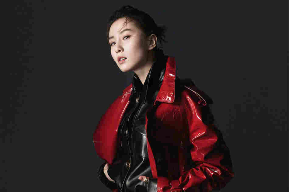 刘诗诗玩起嘻哈风 时髦撩人还透着小性感