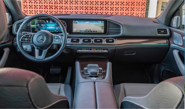 奔驰将推GLE 580车型  配4.0T轻混系统