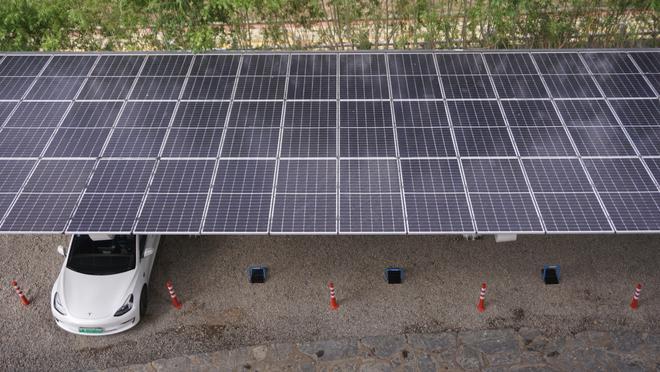 特斯拉中国首个光储充一体化超级充电站落地拉萨-第4张图片-汽车笔记网
