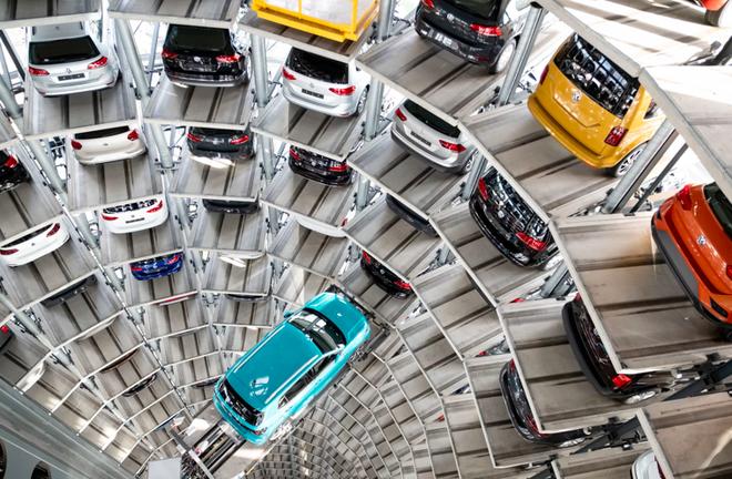 大众因存溜车隐患召回67.9万台汽车