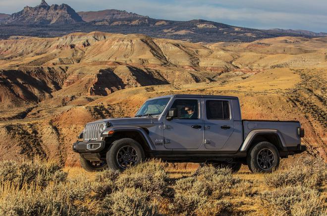 Jeep Gladiator皮卡 �⒂谏虾\�展��洲首秀 汽�殿堂