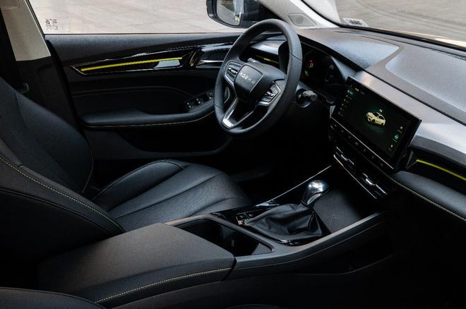 全面焕新!新一代高能互联网中级车全新荣威i5正式预售