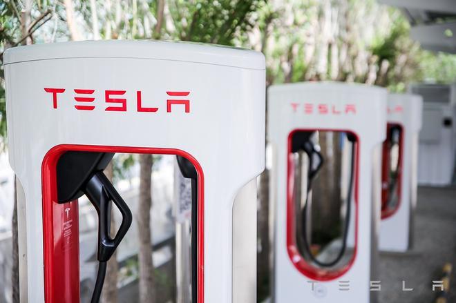 特斯拉中国首个光储充一体化超级充电站落地拉萨-第3张图片-汽车笔记网