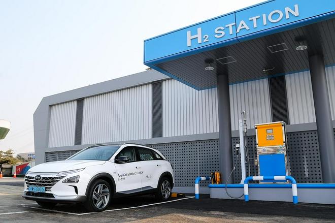 现代NEXO可实现加氢5分钟,续航800公里,日常使用替代传统燃油车型
