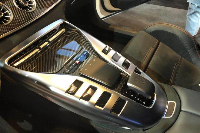 梅赛德斯-AMG GT四门版上市 97.38万起售 棋牌游戏最靠谱app