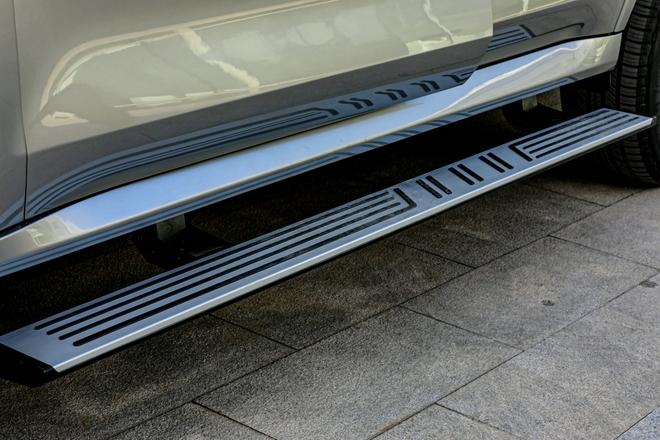 大概是30-40万中大型SUV的天花板 实拍坦克500举动版