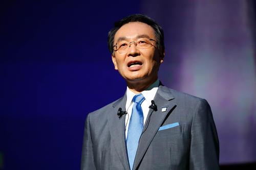 松下总裁津贺一宏:不担心特斯拉未来成为动力电池竞争对手