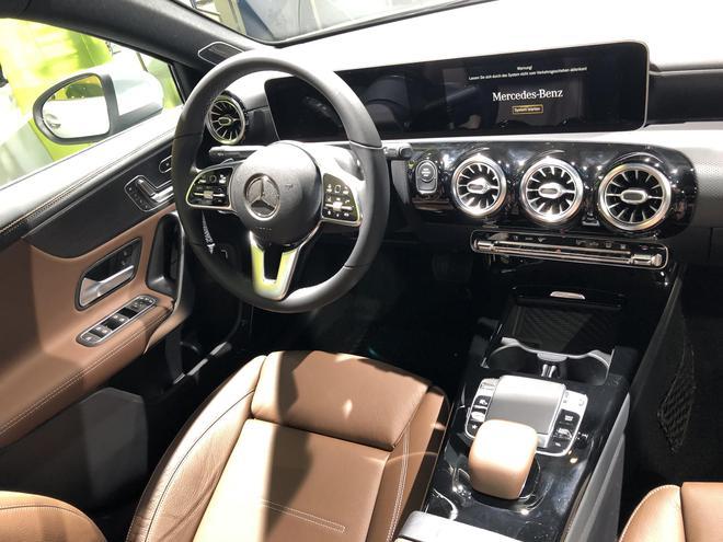 2019法兰克福车展:奔驰A 250 e亮相