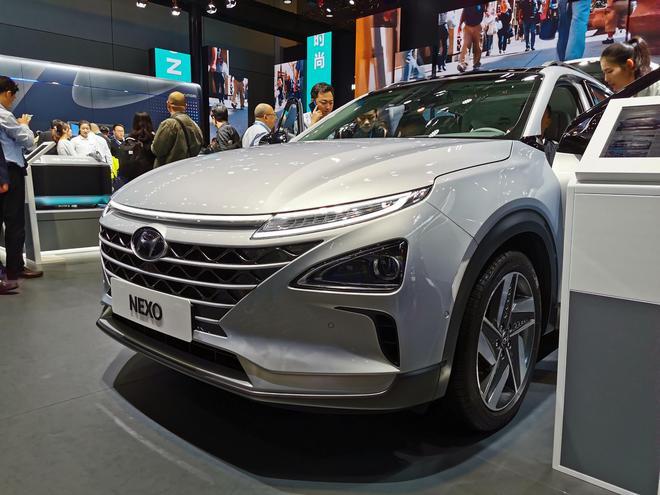 现代氢燃料汽车NEXO亮相
