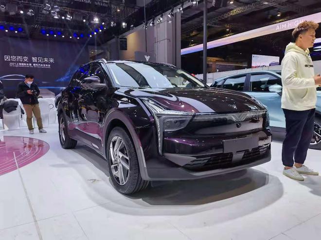 2021上海车展探馆:哪吒U Pro实车