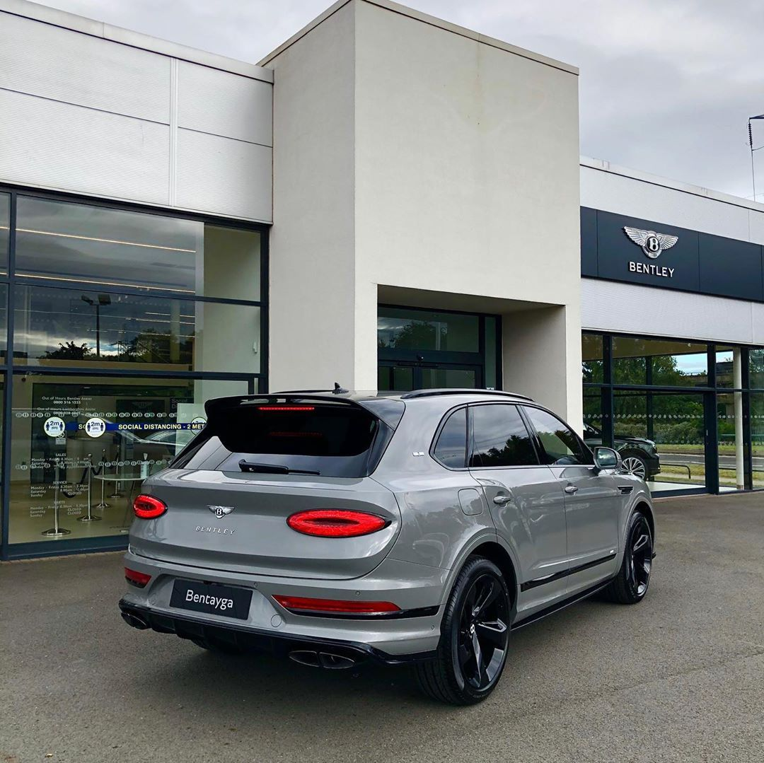 分享图片 伯明翰,NEW Bentley Bentayga