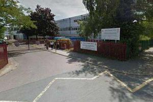 学校向孩子收取5便士的饮水费 引发了家长的愤怒