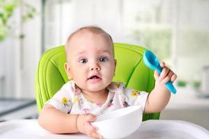 宝宝?#29616;?#33145;泻家长却不给吃盐 1岁能吃盐吗