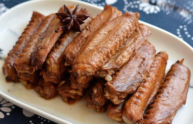 吃货:每年春节必做这道香辣小零食