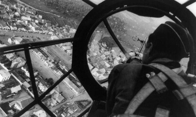 每一张都令人震惊的各国二战老照片