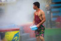 炎炎夏日来一场泼水狂欢