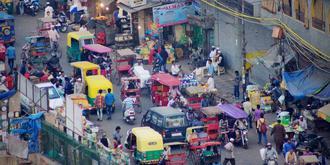 臟亂差的舊德里街頭