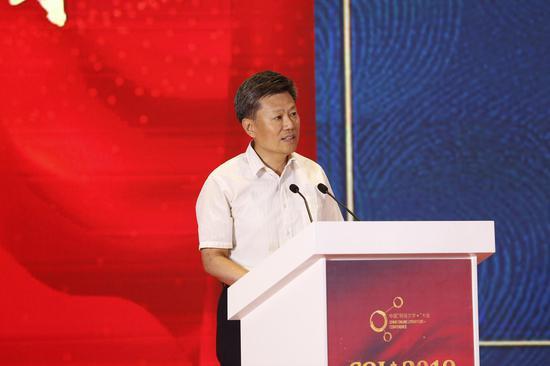 中共北京市委宣�鞑扛辈块L、北京市新�出版局局�L王野霏