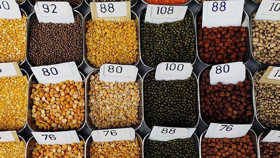 2018年1月29日,印度孟买,市场。图片来源:视觉中国