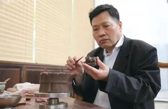 紫砂壺藝家收藏家許四海74歲因病辭世