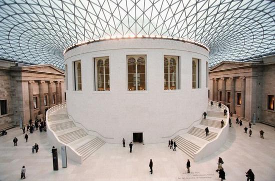 英国博物馆5月重启:霍克尼、杜布菲特展接踵而至