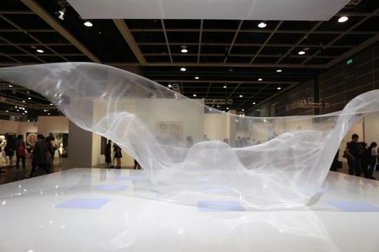 日本艺术家大卷伸嗣《临界之气——时空》