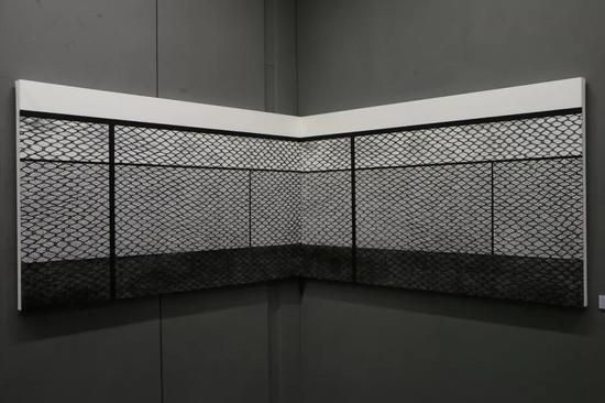 周凱斌 《所處》 黑白木刻 105cm×366cm 2016
