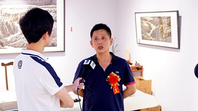 太藝術深圳美術館館長黎文津先生接受書畫頻道采訪