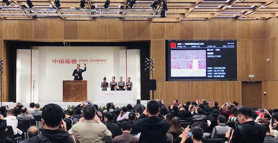元代趙孟頫兩信札成交2.67億