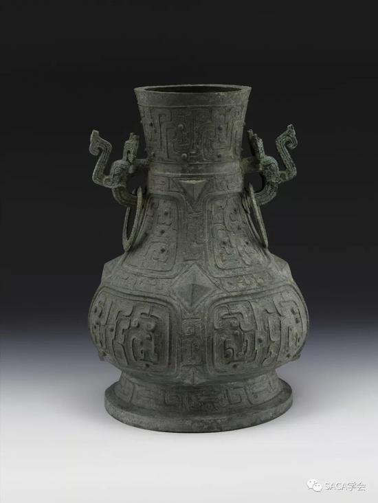 ▲ 龙纹壶,17.85kg,上海博物馆藏
