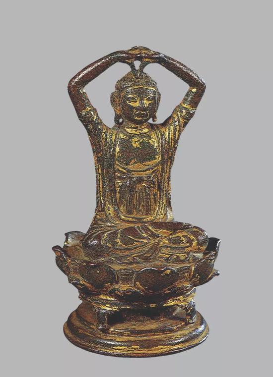 ▲遼 銅鍍金大日如來像 高12.3厘米 王世襄舊藏