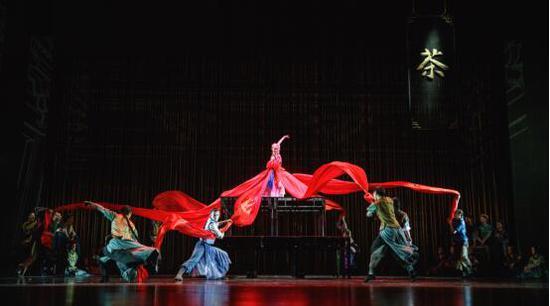 新生代團隊重新定義主旋律舞劇