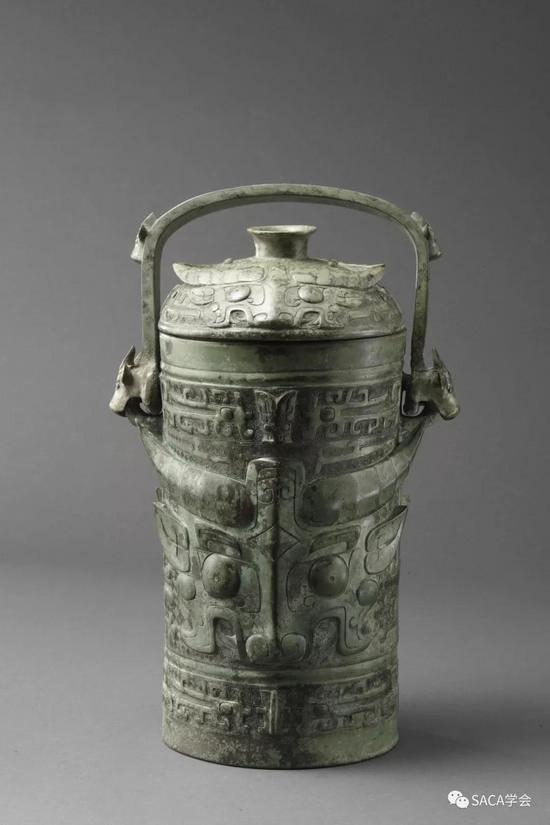▲古父己卣,西周,2.4kg,上海博物馆藏