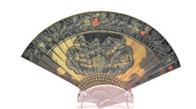 清道光 黑漆描金開光繪亭塔山林扇 廣東省博物館藏