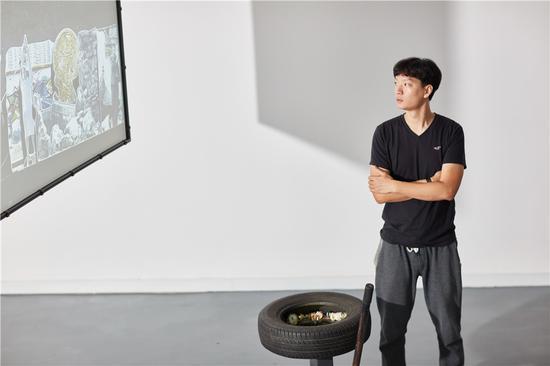 """""""放纵的超体 众物狂欢""""展览现场,鸣谢chi K11 艺术空间,摄影:朱锐"""