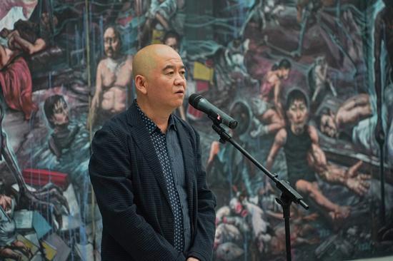 展覽策展人、批評家、湖北美術館館長冀少峰致辭