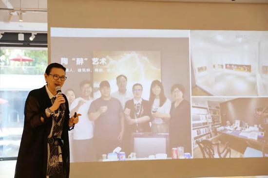 BAC中心創始人、策展人王霞博士