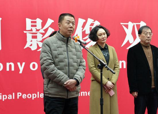 河南省文聯副主席、河南省美協主席劉杰致辭