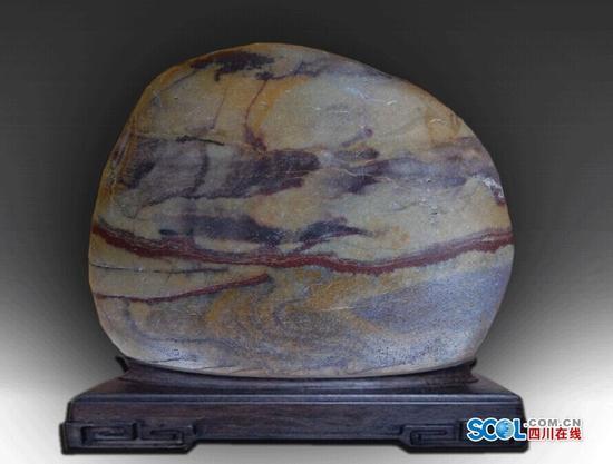 很美的奇石 最美一颗在宜宾