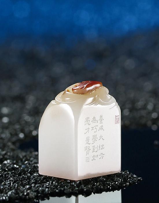 学习当代玉雕名家,将作品拍上北京正道