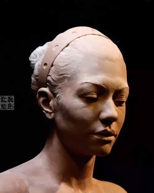 亚卅人体艺木_雕塑系的快过来,看具象写实人体