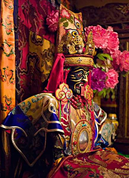 西藏扎基寺特大文物被盗案告破:追回8尊文物佛像