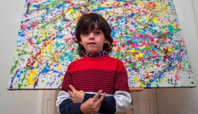 7歲畫童被稱學前畢加索 一幅抽象畫賣1.1萬歐元